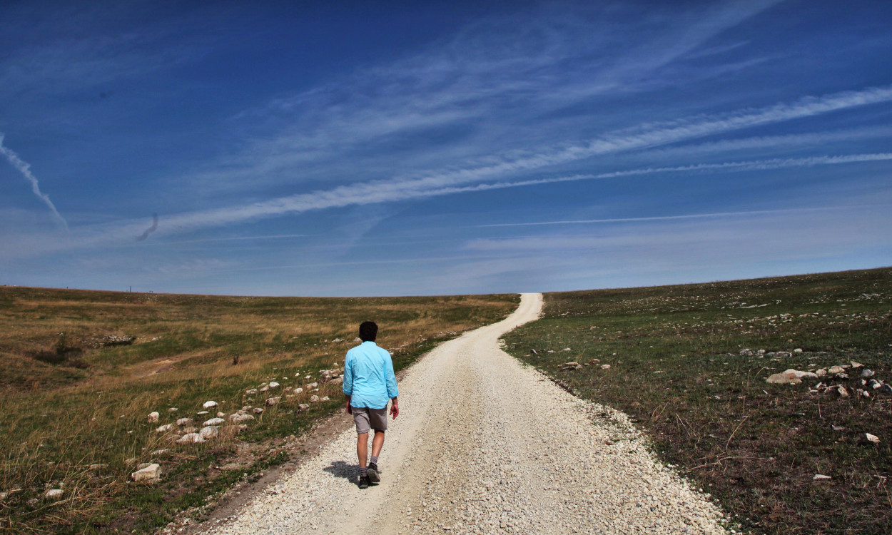 TALLGRASS PRAIRIE NATIONAL PRESERVE solo hiker