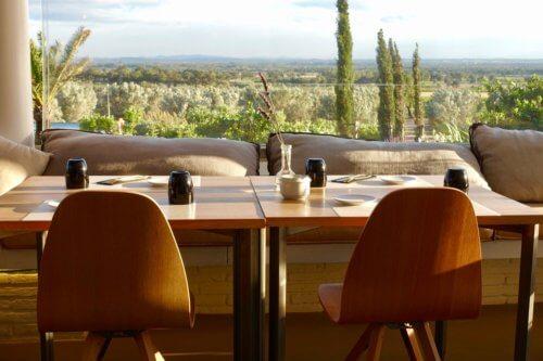 Hotel Mas Lazuli restaurant detail